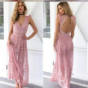 SEXY PEACHY PINK LACE CROCHET MAXI DRESS~NWT~MED